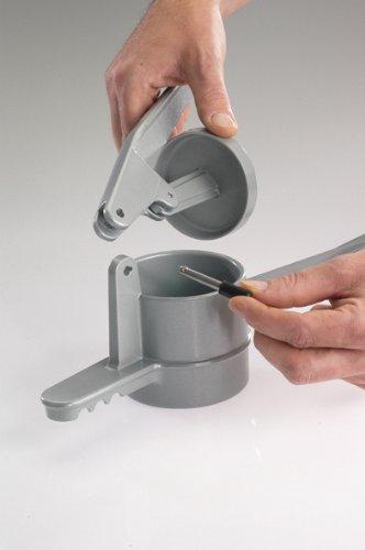 Westmark Spätzlepresse SPÄTZLECHEF für Spätzle wie handgeschabt - Farbe ROT (für Spülmaschine geeignet!)