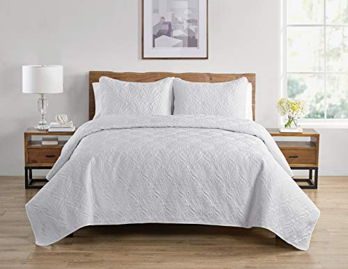 Tahari Home | Wendy Bedding Collection | Luxury Premium Ultra Soft Quilt Coverlet, Lightweight Comfortable 3 Piece Set, Elegant Modern Embossed Charmeuse Print, King, White