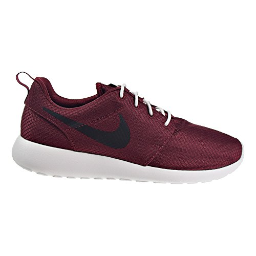 Nike Roshe One Mens Shoes Team Red/Black/Summit White 511881-607 (8.5 B(M) US)