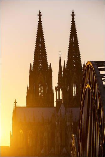 Posterlounge Acrylglasbild 40 x 60 cm: Sonnenuntergang hinter dem Kölner Dom von Editors Choice - Wandbild, Acryl Glasbild, Druck auf Acryl Glas Bild