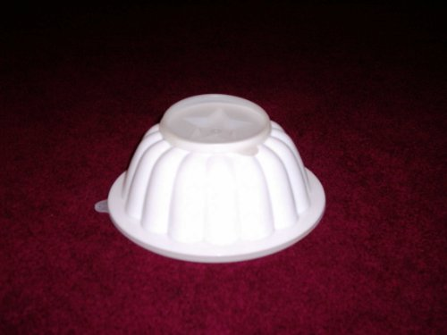 Tupperware Rare Vintage White Jello Mold