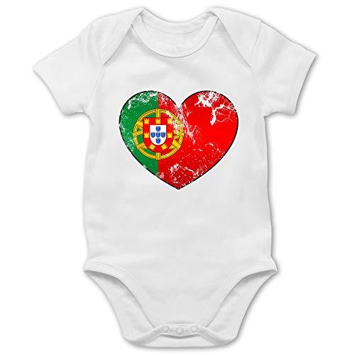 Shirtracer Fußball-Europameisterschaft 2020 - Baby - Portugal Vintage Herz - 3/6 Monate - Weiß - Fussball Baby - BZ10 - Baby Body Kurzarm für Jungen und Mädchen