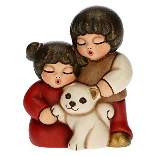 THUN - Figura de pesebre con pareja de niños con gato - Decoración navideña para casa - Línea de pesebre clásica, variante roja - Cerámica - 5,5 x 4 x 6,5 h cm