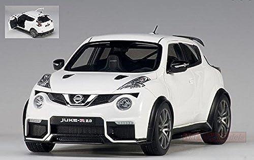 AUTOART AA77456 NISSAN JUKE R 2.0 2016 Weiß 1 18 MODELLINO DIE CAST MODEL
