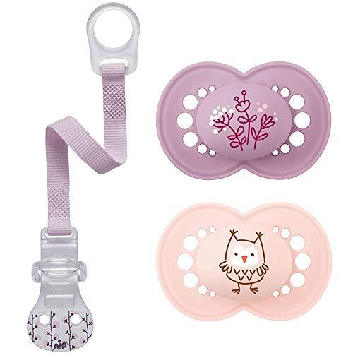MAM Lot de 2 tétines en silicone Skin Soft - Pour fille de 6 à 16 mois - Avec boîte de transport stérilisée et attache-tétine NIP