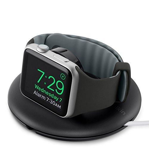 Belkin Supporto da Viaggio e di Ricarica per Apple Watch, con Modalità Notte, Cavo non Incluso, Compatibile con Apple Watch series 1, 2, 3, 4, 5, Nero