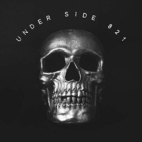 Under Side 821