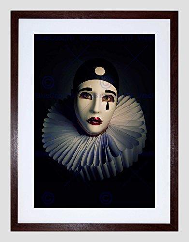 Wee Blauwe Coo Foto Portret Studie Performer Pierrot Masker Kostuum Omlijst Muur Art Print