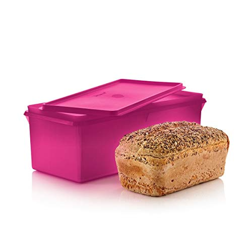 Tupperware Jumbo Bread Storage (Bread Box)