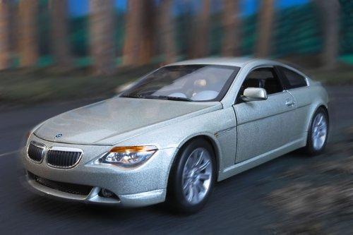 Mattel - Hot Wheels B3243-0 - BMW 6er Serie Coup 1:18, Platin Edition