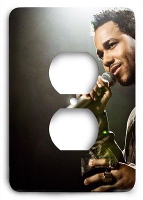 Romeo Santos v3 Outlet Cover