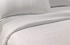 HOTEL QUALITY - Exclusive to Courtyard by Marriotts, Fairfield by Marriott and Residence Inn Hotels. This classic coverlet features a snow white hue in both Queen and King sizes. Matching shams available separately or as a set. LIGHTWEIGHT - Unique t...