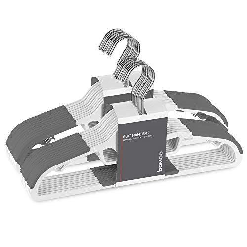 bomoe 20er Kleiderbügel Set Bügel Weiß Grau Formbügel Universalbügel mit Rutschfester Gummierung, Hosenstange, Krawattenhalter und 2 Haken zum Einhängen Edvin