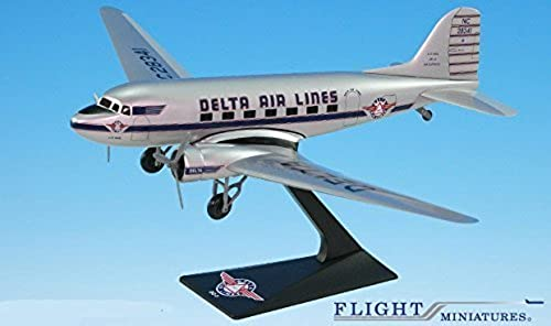 Delta Ship 41 Douglas DC-3 Airplane Miniature Model Snap Fit 1 100 Part ADC-00300C-005
