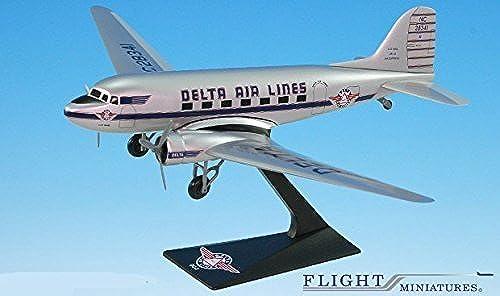 Delta Ship 41 Douglas DC-3 Airplane Miniature Model Snap Fit 1 100 Part ADC-00300C-005