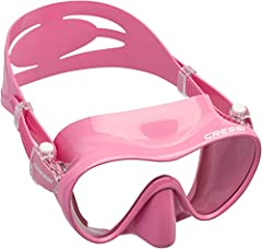 Frameless masks are loved by many divers for their low-profile and ability to fold flat for easy carrying, even in a BC pocket. Cressi's frameless design bonds a high-grade silicone skirt directly to a single lens for the ultimate in simplicity. The ...