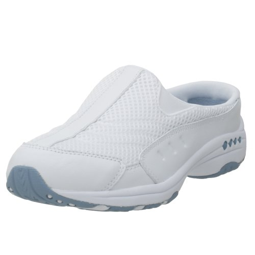 Best White Tennis Shoes For Travel
