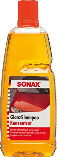 SONAX GlanzShampoo Konzentrat (1 Liter) durchdringt und löstr Schmutz gründlich, ohne Angreifen der Wachs-Schutzschicht | Art-Nr. 03143000