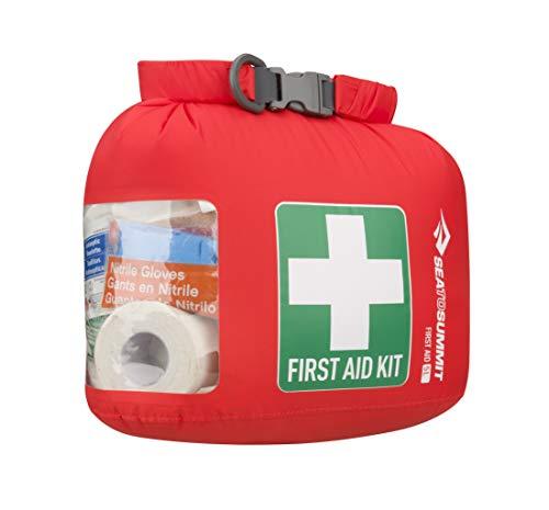 丈夫な上に防水機能も付いているバッグです。一目でわかる十字の模様で、誰でも目的を理解できます。サイドは透明になっているので、内容物も確認しやすく便利です。登山や海辺のレジャーに最適です。
