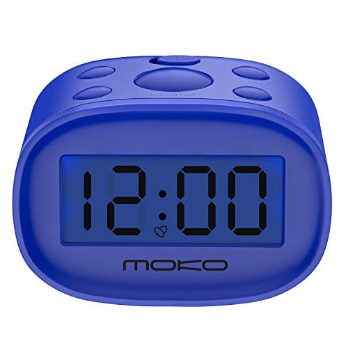 MoKo Orologio Sveglia, Sveglia Digitale con Schermo LCD Retroilluminata Blu, Impostazione Ora Sveglia, 2 Batterie 1,5v Orologio Tavolo ABS Funzione Snooze 5min per Casa, Viaggio,Ufficio, Bambini, Blu