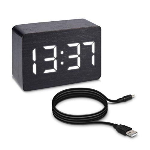 kwmobile Wecker Uhr in Holzoptik digital - Digitalwecker Anzeige von Uhrzeit Temperatur Datum - Alarm Clock mit USB Kabel in Schwarz mit weißen LEDs