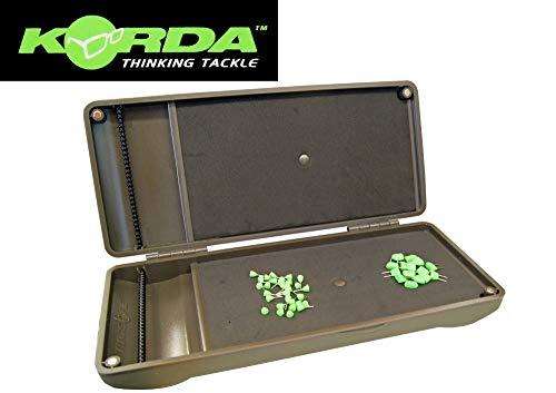 Korda Mini Rigsafe - Tacklebox für Karpfenmontagen, Angelbox für Karpfenvorfächer, Box für Karpfenrigs zum Karpfenangeln