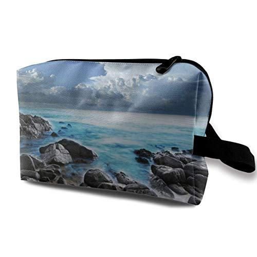Hdadwy Ocean Pouring Over Coastal Rocks Cosmetic Bag Makeup Bags for Women,Travel Makeup Bags Roomy Toiletry Bag Accessories Organizer with Zipper