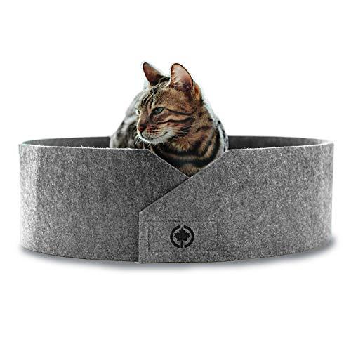 CanadianCat Company ® | Owen Filzbett mit Kratzboden für Katzen Hellgrau - Katzenbett mit Wellpappe als Boden