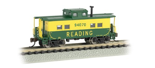 Bachmann Industries #94070 Northeast Steel Caboose Reading, Green/Yellow, N Scale