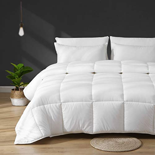 APSMILE Lightweight Down Alternative Comforter - 100% Brushed Cotton, Ultra-Soft Breathable Plush Cooling Microfiber Comforter Duvet for Hot Sleeper/Warmer Weather(Full/Queen, White)