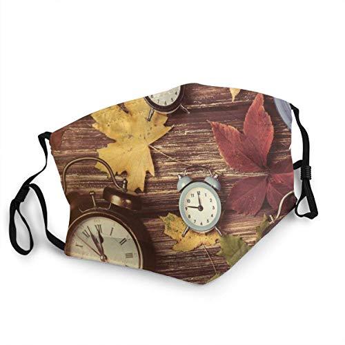 Bequeme Winddichte, verschiedenfarbige trockene Ahornblätter und Verschiedene Wecker auf Holzbrettern drucken, Bedruckte Gesichtsdekorationen
