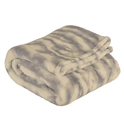 Thro by Marlo Lorenz Throw Blanket, Gray