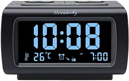 DreamSky Digital Radiowecker FM mit USB-Ladeanschluss, 1.2