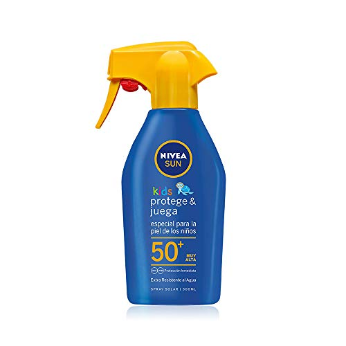 NIVEA SUN Spray Solar Niños FP50+ (1 x 300 ml), spray solar hidratante para niños resistente al agua, protector solar infantil, protección solar muy alta, formato pistola