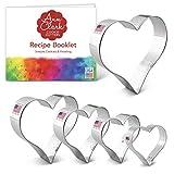 Ann Clark – Cortador de galletas de corazones de 5 piezas con folleto de recetas, corazones de 10,8 cm, 10,1 cm, 8,9 cm, 7,6 cm y 5,7 cm.