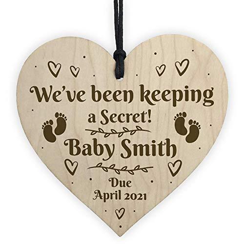 CiCiDi Regalo de anuncio de bebé, diseño de corazón de madera, personalizable, regalo para recién nacido, 10 x 10 cm, decoración artística para pared