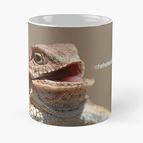 GIF Ehehehe Meme Iguana Laugh Lizard Laughing Eat Food Bite John Best Taza de café de cerámica de 325 ml
