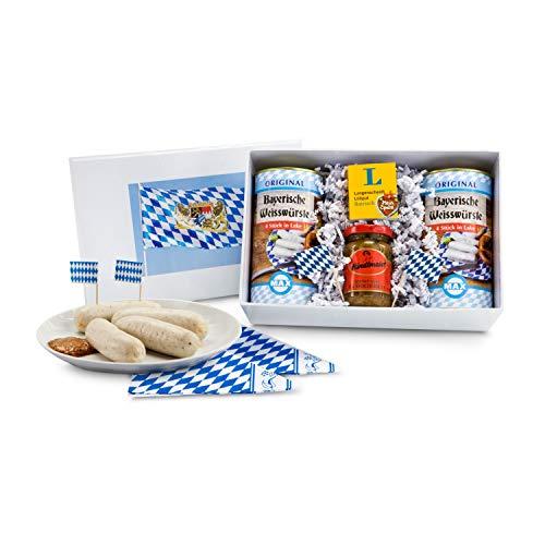 Römer Präsente Geschenkset Bayerische Verführung: Oktoberfest für zuhause mit 8x Weißwurst, 1 Glas Senf, 1 Liliput Bairisch-Buch, 2 blau-weißen Servietten und 2 Fähnchen in Geschenkbox; Maße: ca. 26.2 x 17.2 x 11 cm