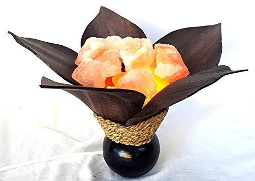 Salzlampe, Feuerschale aus Kokosblatt