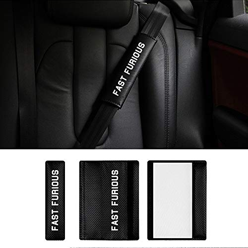 Auto Sicherheitsgurt Schulterpolster Gürtelkissen Schutzkissen für UP Polo Golf Jetta Passat CC mit Weiß Name Fast Furious Aufkleber (Pack von 2)