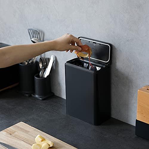 """「ideaco(イデアコ)」は、""""スマート・イノベーション""""をデザインテーマにインテリア雑貨を手がける日本のブランド。シンプルにモノ・コトの本質を見極め、それを全く新しい視点からとらえることで、タイムレスで使い心地の良い製品を生み出しています。"""