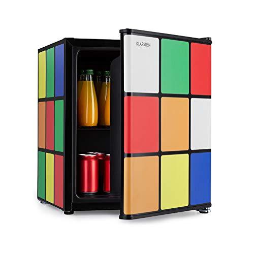 Klarstein Solve - Mini-Kühlschrank, Minibar, thermoelektrisches Kühlsystem, 48 Liter Fassungsvermögen, mechanischer Drehregler, Kühlung: 0 bis 10 °C, Energieeffizienzklasse A+, schwarz/bunt