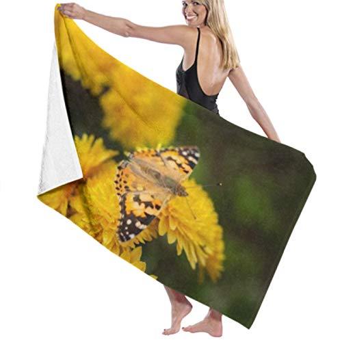 Toalla de playa de microfibra, Vanessa Cardui Butterfly On Yellow Chrysanthemum Toallas de baño Toallas de viaje ligeras de secado rápido Toalla de baño de playa ultra absorbente Toalla de piscina To