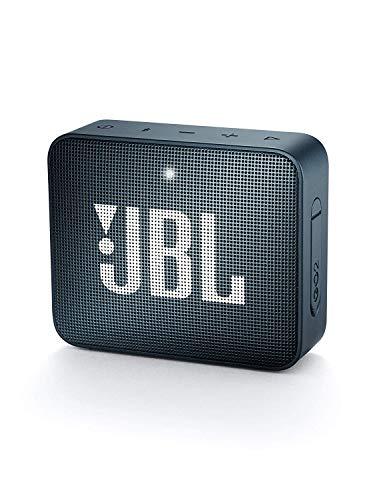 JBL GO 2 kleine Musikbox in Dunkelblau – Wasserfester, portabler Bluetooth-Lautsprecher mit Freisprechfunktion – Bis zu 5 Stunden Musikgenuss mit nur einer Akku-Ladung