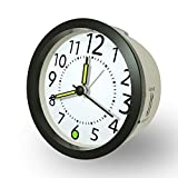 Reloj Despertador Analogico con función Snooze luz de Fondo, Sin Tintineo, Silencioso, Agujas iluminadas, Despertador fácil de Leer a Pilas, Negro + Blanco