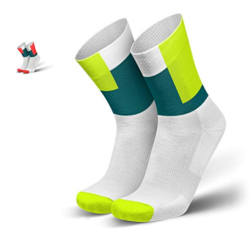 INCYLENCE Squares gepolsterte Laufsocken lang, Running Socks, atmungsaktive Sportsocken mit Anti-Blasen Schutz, Kompressionsstrümpfe, weiß, petrol, neon-gelb, 43-46