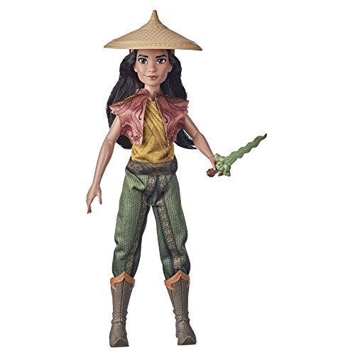 Disney Princess F1196 Disney Raya und der letzte Drache Rayas Abenteuer Outfits, Modepuppe mit Kleidung, Schuhen und Schwert, Spielzeug für Kinder ab 3 Jahren