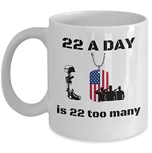 Taza de café para veteranos - 22 al día son 22 demasiados - Regalo conmemorativo patriótico del soldado del ejército - Hermanos de armas del día de los veteranos - Regalos militares DD 214 - Idea de r