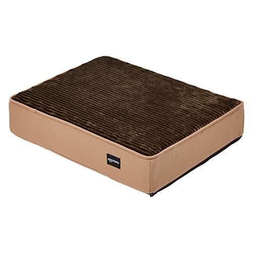 AmazonBasics - Cama para mascotas, espuma, tamaño pequeño, color marrón (Brown Flannel)