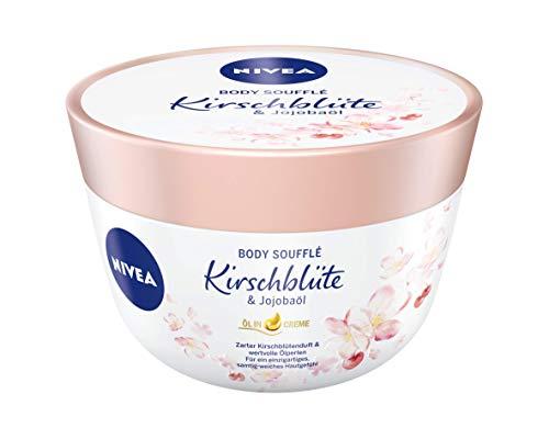NIVEA Body Soufflé Kirschblüte & Jojobaöl (200 ml), Körperpflege für 24h Feuchtigkeit, Lotion für trockene und sehr trockene Haut
